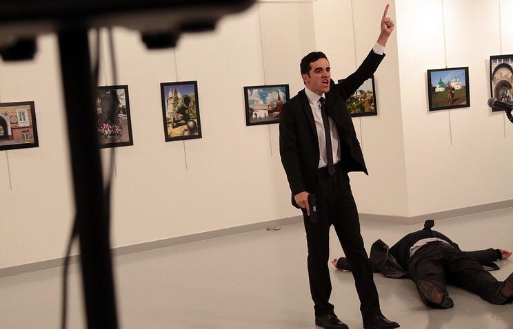 В Турции убили посла России