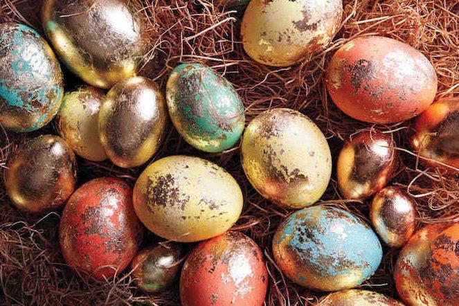 Как красиво красить яйца на Пасху